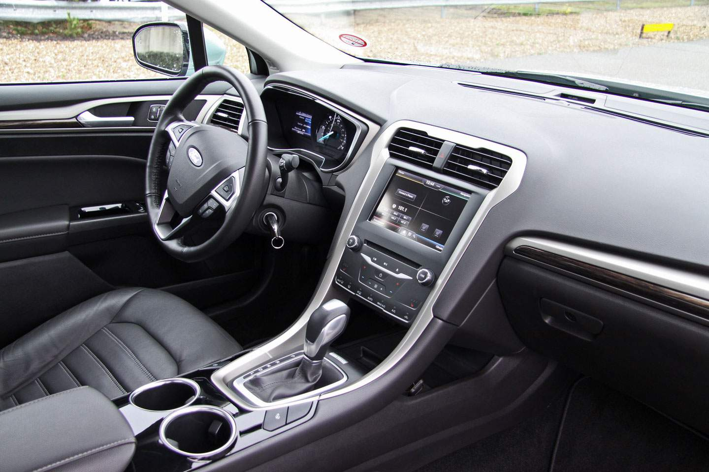 New Ford Mondeo 2014_03